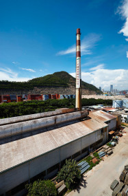 Glass Factory Shenzhen. Image credit: ©UABB (SZ), Produced by Zeus Culture (SZ)